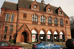Knutsford Town Hall retail property to let